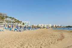 Julia-Antoniou-Plastic-free-clean-beaches